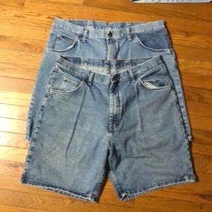 Men's Wrangler jean shorts. 2 pairs